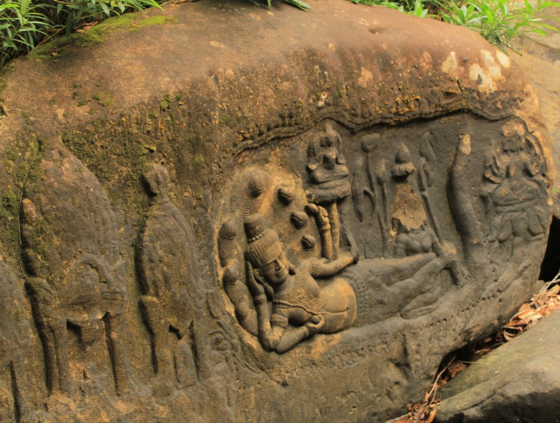 Carvings at the river bed