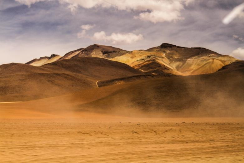 so many beautiful volcanic mountains.